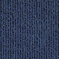 Dalle de moquette bleue avec rayure